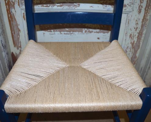 Ferdig jærstol med papirgarn